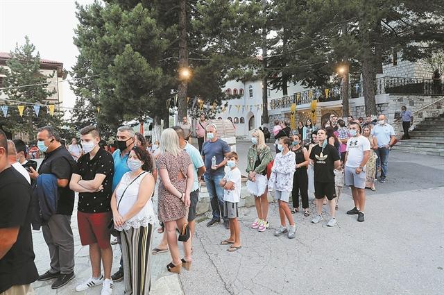 Βραδυφλεγής βόμβα οι «κρυφοί» μεταδότες ενόψει Δεκαπενταύγουστου | tanea.gr