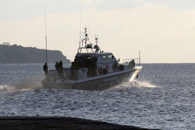 ΣτηΣε εξέλιξη επιχείρηση διάσωσης μεταναστών – Έχουν περισυλλεγεί 36 ενώ στο σκάφος επέβαιναν πάνω από 45   tanea.gr