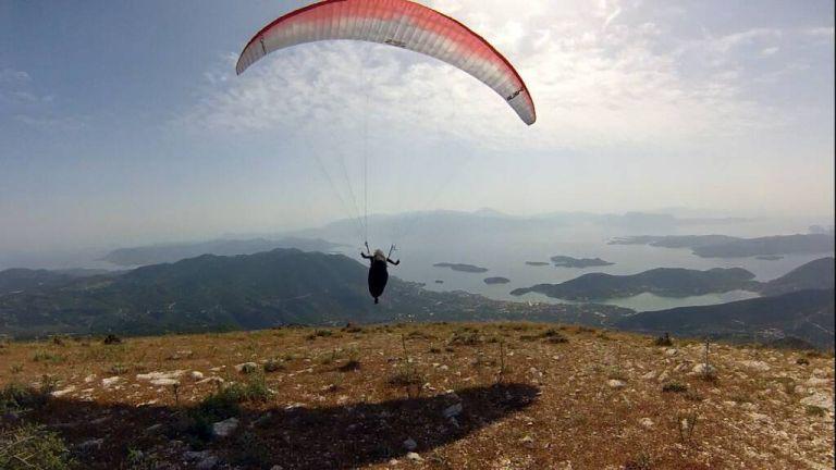 Παρνασσός: Αγνοείται αεροπτεριστής – Σε εξέλιξη οι έρευνες   tanea.gr