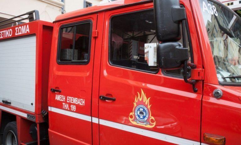 Εισέβαλε στην Πυροσβεστική και απειλούσε με μαχαίρι τους πυροσβέστες   tanea.gr