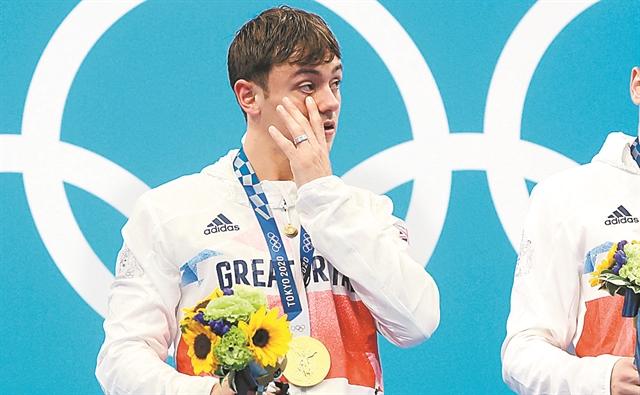 Ενας περήφανος γκέι ολυμπιονίκης   tanea.gr
