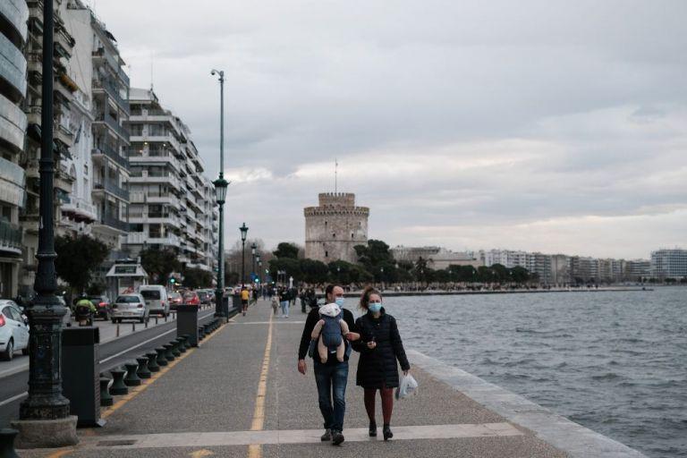 Θεσσαλονίκη: Αύξηση πάνω από 250% στα ενεργά κρούσματα | tanea.gr