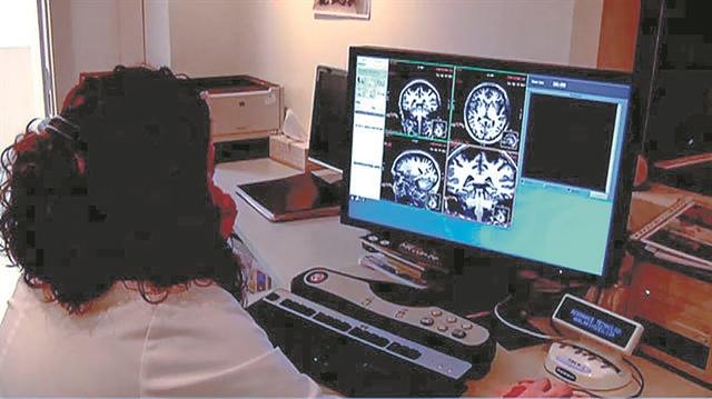 Το μεγάλο αίνιγμα της Αλτσχάιμερ - Είμαστε κοντά στη θεραπεία;   tanea.gr