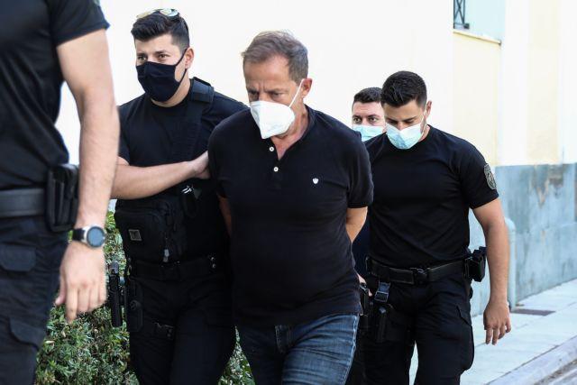 Λιγνάδης: Απολογείται για δύο ακόμη υποθέσεις βιασμού   tanea.gr