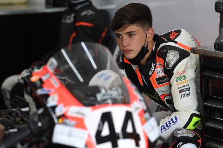 Σοκαριστικός θάνατος 14χρονου αναβάτη στο European Talent Cup   tanea.gr