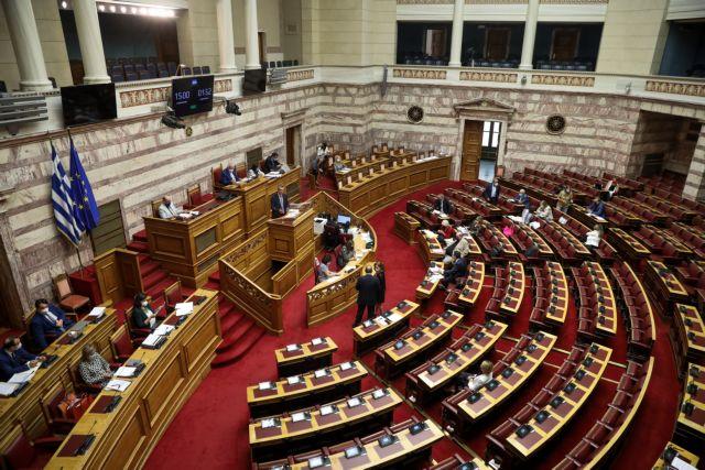 Βουλή: Πέρασε με 158 «ναι» το νομοσχέδιο για το νέο σχολείο | tanea.gr
