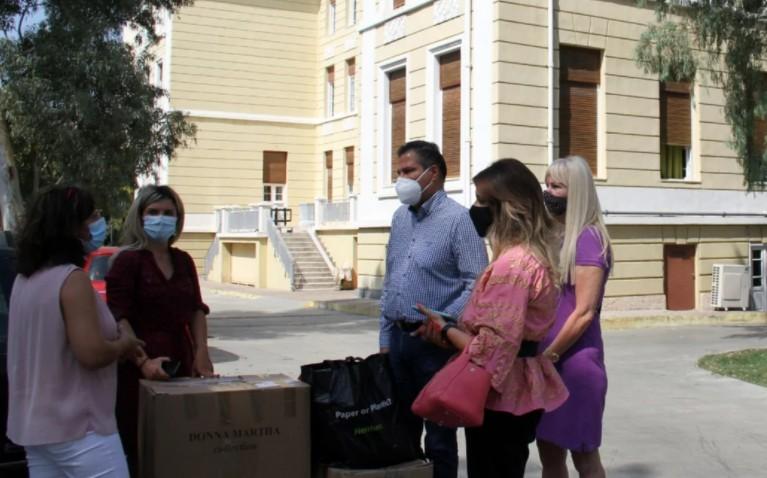 Στην παιδόπολη «Αγία Βαρβάρα» ο Γ. Στεργίου και στελέχη της ΝΔ   tanea.gr