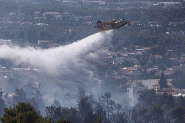 Φωτιά στην Αχαϊα: Εκκενώνονται χωριά, τέσσερις τραυματίες | tanea.gr