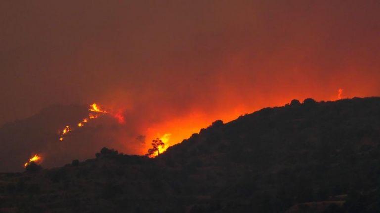 Φωτιά στην Κύπρο: Τεράστια καταστροφή από την πύρινη λαίλαπα - Εκκενώθηκαν χωριά   tanea.gr