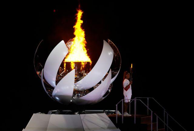 Άναψε η Ολυμπιακή Φλόγα στο Τόκιο | tanea.gr