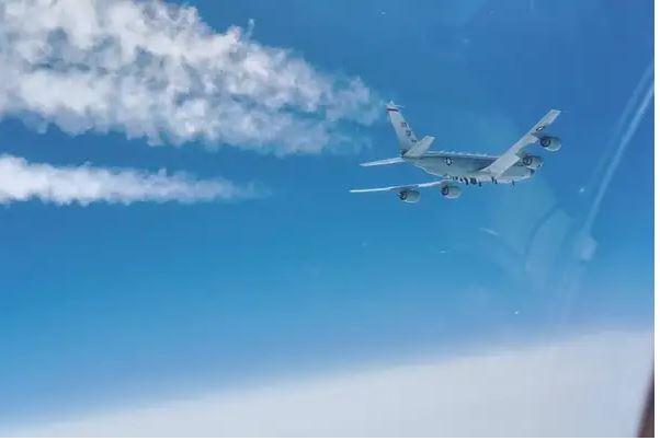 Ρωσία: Τo αεροσκάφος An-28 αναγκάστηκε σε ανώμαλη προσγείωση επειδή σταμάτησε ο κινητήρας του   tanea.gr