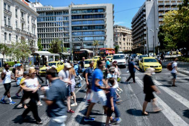Σοκ με 1.797 νέα κρούσματα - Στους 8 οι θάνατοι   tanea.gr