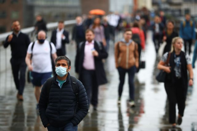 Βρετανία: Για πρώτη φορά μετά τον Ιανουάριο πάνω από 30.000 κρούσματα   tanea.gr