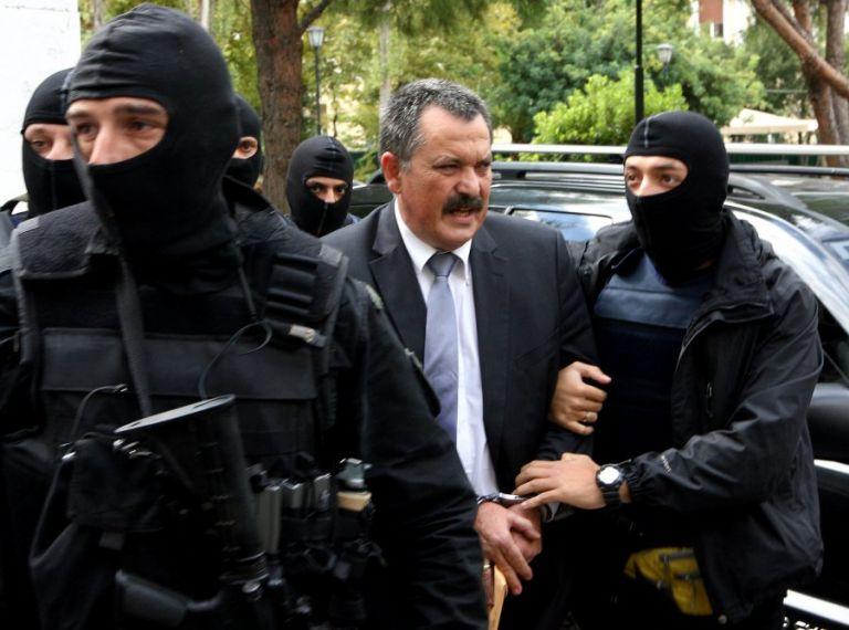 Χρήστος Παππάς: Είχε αλλάξει την εμφάνισή του ο υπαρχηγός της Χρυσής Αυγής   tanea.gr
