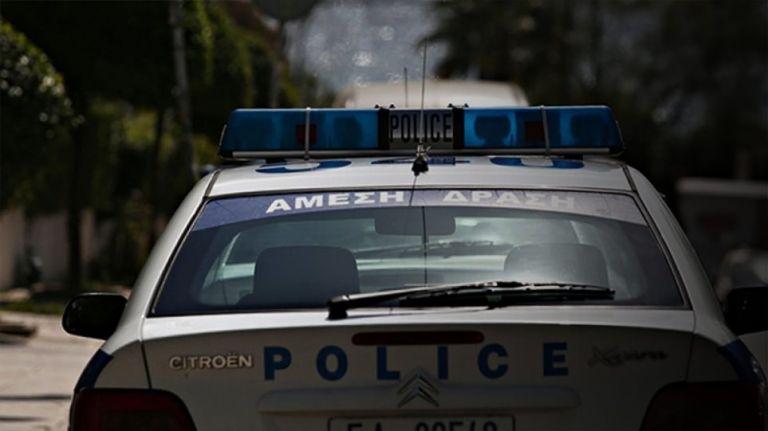 Ξάδερφος του δολοφονημένου ειδικού φρουρού στου Ρέντη ο αστυνομικός που έσωσε τη 19χρονη | tanea.gr