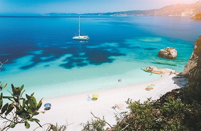 Μετάλλαξη Δέλτα, συνωστισμός στα beach bars και προσωπικότητες... | tanea.gr
