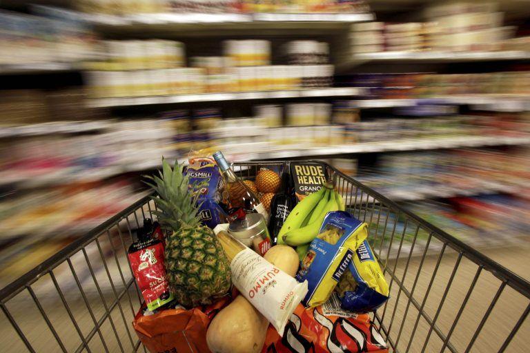 Σούπερ μάρκετ: Ποια προϊόντα αγόρασαν το α' εξάμηνο οι Έλληνες καταναλωτές | tanea.gr