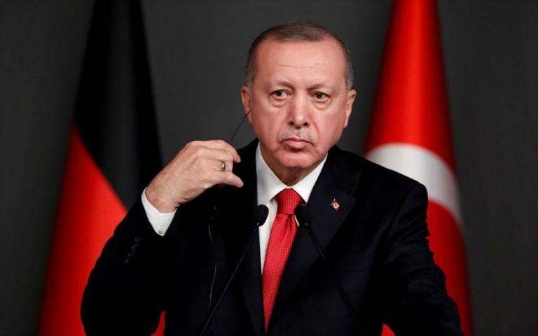 Ερντογάν: Νέες υπόνοιες για την υγεία του τούρκου προέδρου - Φάνηκε «κουρασμένος»   tanea.gr