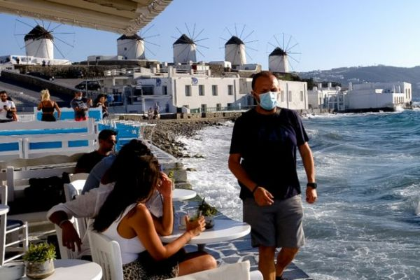 Υποχρεωτικά δυο τεστ την εβδομάδα για τους ανεμβολίαστους εργαζόμενους στον τουρισμό | tanea.gr