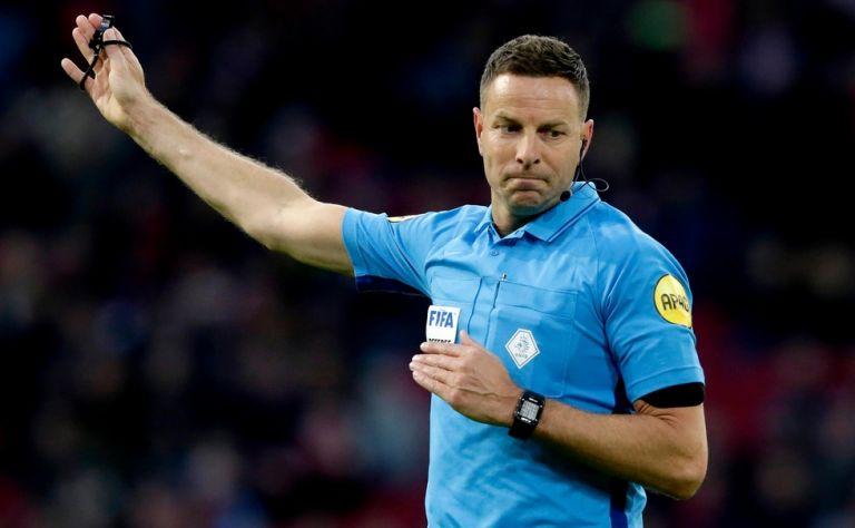 Η UEFA επιβράβευσε τον VAR του Αγγλία-Δανία - Τον στέλνει τελικό! | tanea.gr