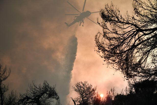 Η Ελλάδα στις φλόγες | tanea.gr