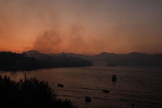 Φωτιά στην Αχαΐα – Κανονικά η κυκλοφορία στην νέα Εθνική Οδό Πατρών – Κορίνθου | tanea.gr