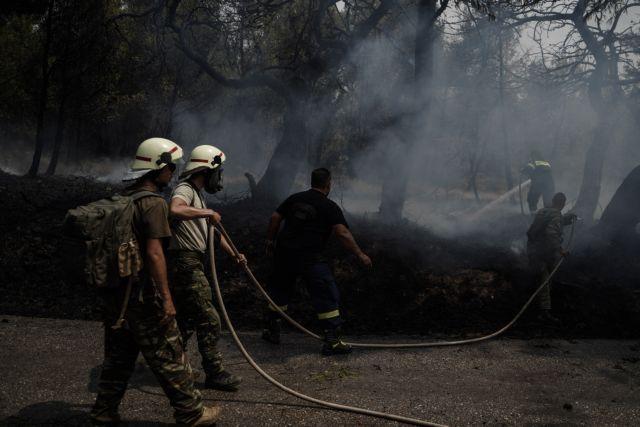 Ζωντανός ο πύρινος εφιάλτης στη Βαρυμπόμπη – Μήνυμα του 112 για εκκένωση της Ιπποκράτειου Πολιτείας & της Δροσοπηγής | tanea.gr