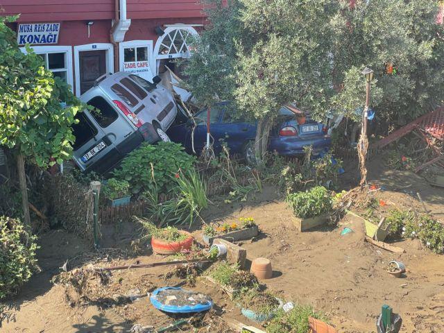 Τουρκία – Στους 70 οι νεκροί από τις φονικές πλημμύρες – Πάνω από 40 άτομα αγνοούνται   tanea.gr
