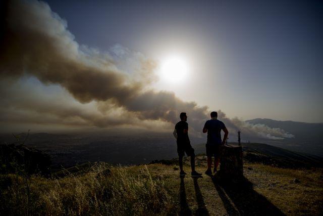 ΕΟΔΥ - Πώς θα προστατευτούμε από τον καπνό της φωτιάς | tanea.gr