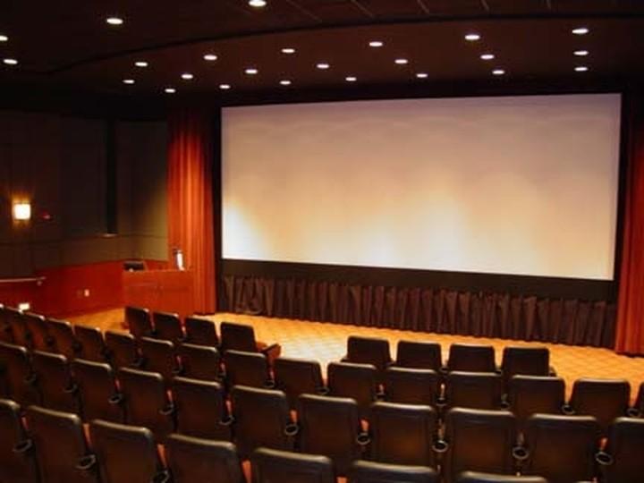 Ετσι θα λειτουργήσουν θέατρα, συναυλίες και σινεμά από τις 13 Σεπτεμβρίου   tanea.gr