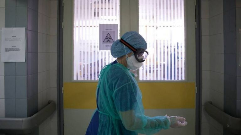 ΠΟΕΔΗΝ - Η «απειλή» των αναστολών στους υγειονομικούς «δεν έπιασε» | tanea.gr
