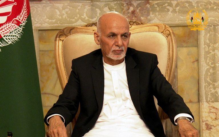 Στο Τατζικιστάν διέφυγε ο πρόεδρος του Αφγανιστάν | tanea.gr