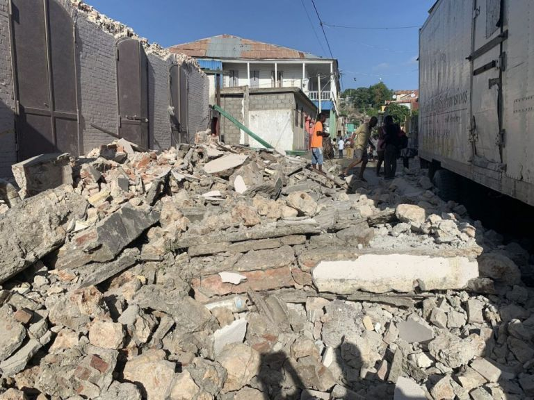 Αϊτή – Δύο διαδοχικοί σεισμοί πάνω από 7 Ρίχτερ | tanea.gr
