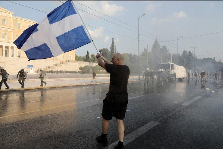 Ομηροι της μισαλλοδοξίας – Η Ελλάδα επιστρέφει στη ρητορική του μίσους που δηλητηριάζει την πολιτική ζωή   tanea.gr