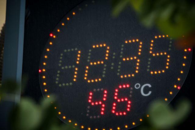 Καύσωνας – Εκτακτη σύσκεψη για το ηλεκτρικό – Εκκληση να περιοριστεί η κατανάλωση | tanea.gr