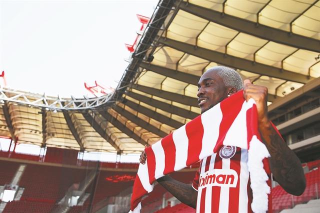 «Ηρθα σε μεγάλο σύλλογο» | tanea.gr