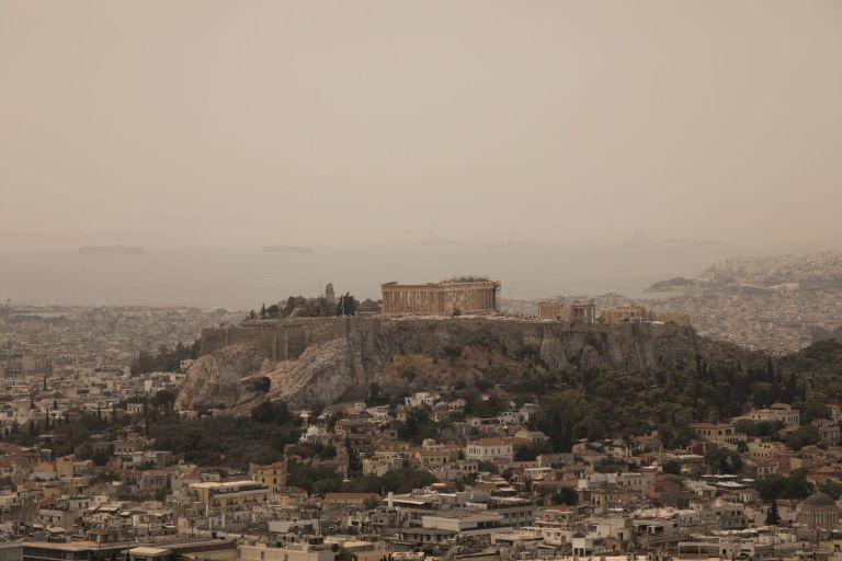 Φωτιά στα Βίλια – Οι καπνοί κάλυψαν την Αττική   tanea.gr