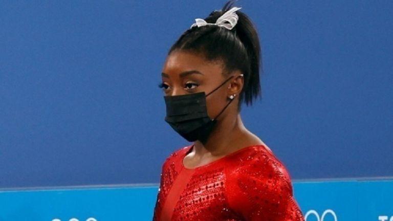 Ολυμπιακοί Αγώνες – Αποσύρθηκε και από τον τελικό των ασκήσεων εδάφους η Μπάιλς   tanea.gr