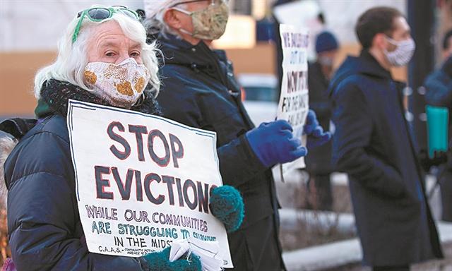 Εκατομμύρια Αμερικανοί αντιμέτωποι με έξωση   tanea.gr