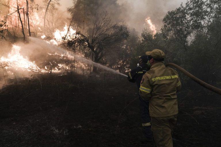 Φωτιά στην Εύβοια – Ποια χωριά παραμένουν σε άμεσο κίνδυνο   tanea.gr
