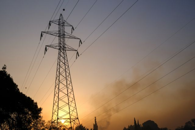 Βαρυμπόμπη – Πώς προχωρούν οι εργασίες αποκατατάστασης της ηλεκτροδότησης   tanea.gr