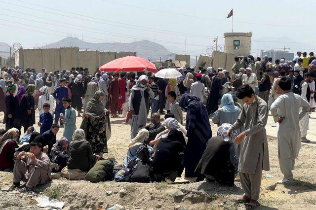 Αφγανιστάν – Φρικαλεότητες των Ταλιμπάν – Πυροβολούν και ξυλοκοπούν γυναίκες και μικρά παιδιά | tanea.gr