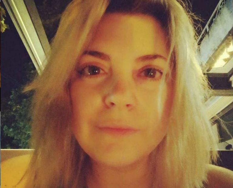 Νάνσυ Νικολαΐδου – Ραγίζουν καρδιές τα λόγια της για το καμένο σπίτι της στη Δροσοπηγή   tanea.gr
