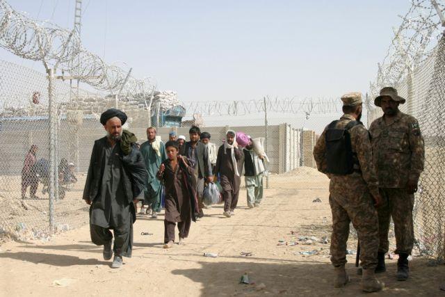 Ένοπλες συγκρούσεις με νεκρούς στρατιώτες στα σύνορα Πακιστάν – Αφγανιστάν | tanea.gr