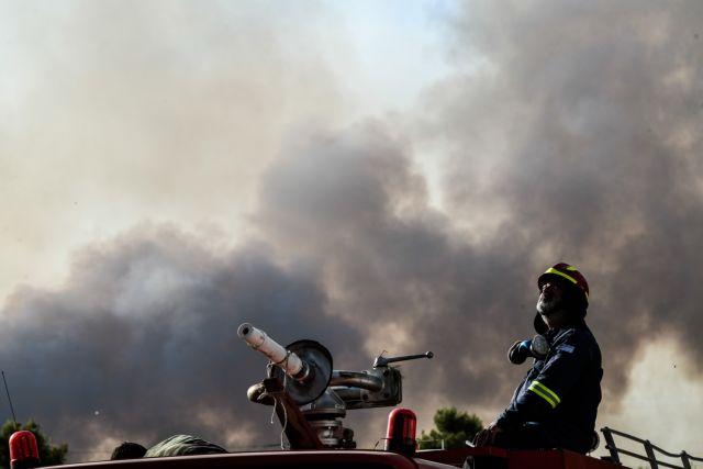 Στη ΜΕΘ διασωληνωμένοι δύο εθελοντές πυροσβέστες   tanea.gr