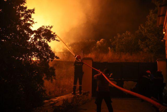 Φωτιά στην Εύβοια – Στάχτη μισό εκατομμύριο στρέμματα - Συγκλονιστικό βίντεο με εναέρια πλάνα | tanea.gr