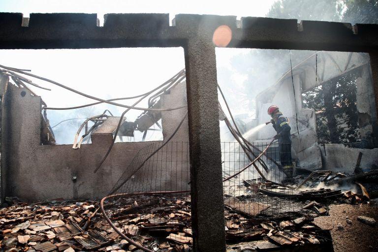 Πατούλης – Δύο φωτιές σε απόσταση απόσταση 300 μέτρων | tanea.gr