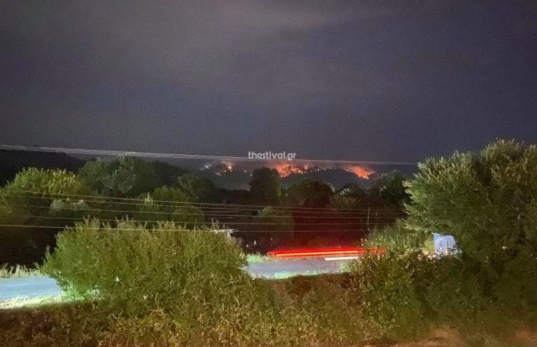Χαλκιδική – Συνεχίζει να καίει η φωτιά στη Φούρκα | tanea.gr