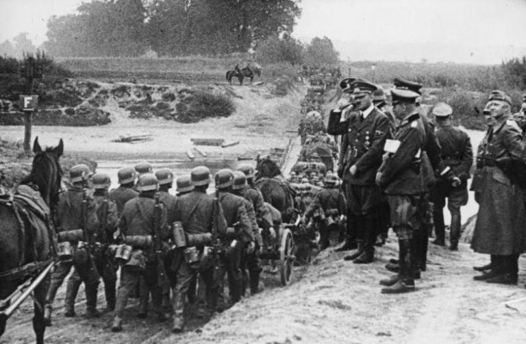 Η εισβολή των Ναζί στην Πολωνία και η έναρξη του Δευτέρου Παγκοσμίου Πολέμου   tanea.gr