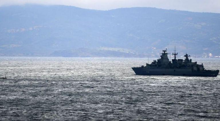 Στα 10 μίλια από τις ακτές της Κρήτης τουρκικά πλοία – Ο χάρτης που παρουσίασε ο Δένδιας στους ΥΠΕΞ της ΕΕ | tanea.gr